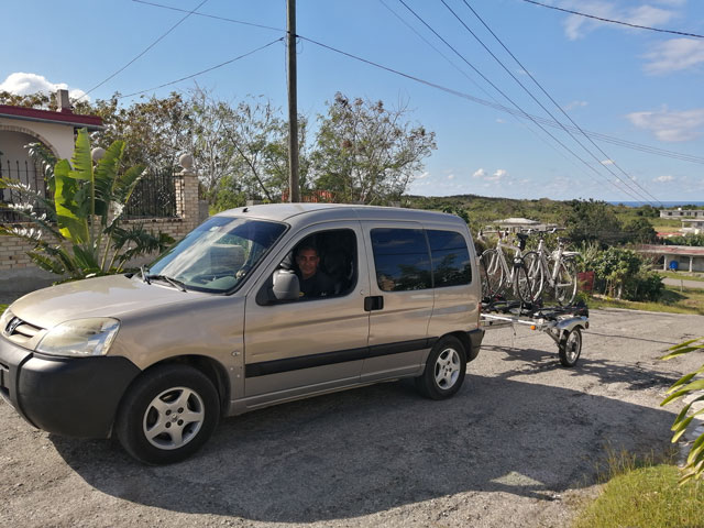 Luggage transfers up and bikes pick up
